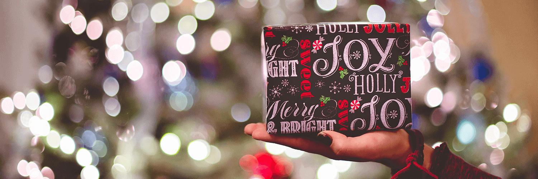 6 Bożonarodzeniowych tradycji, które Brytyjczycy kochają
