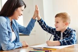 Jak przekonać dziecko do nauki języka obcego